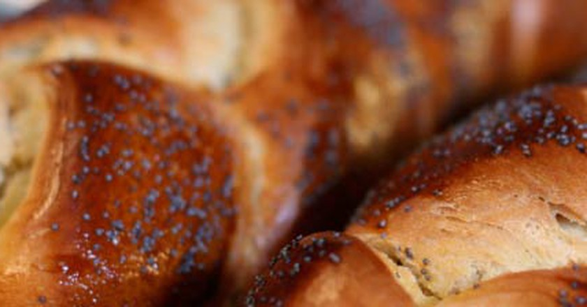 Where To Get The Tastiest Challahs In Jerusalem