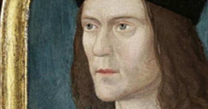 Archaeologists Reveal Who's in the Coffin Next To Richard III