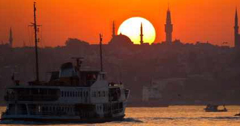 The Top 10 Things to Do and See in Istanbul's Bosphorus