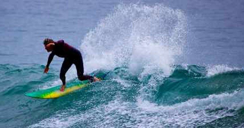 Surfing US(L)A: Best Surf Lessons for Locals & Visitors