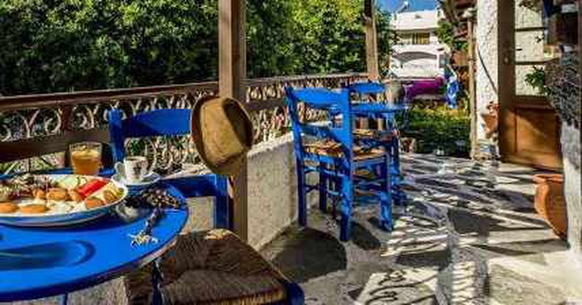The Best Late Breakfast And Brunch Spots In Rhodes, Greece