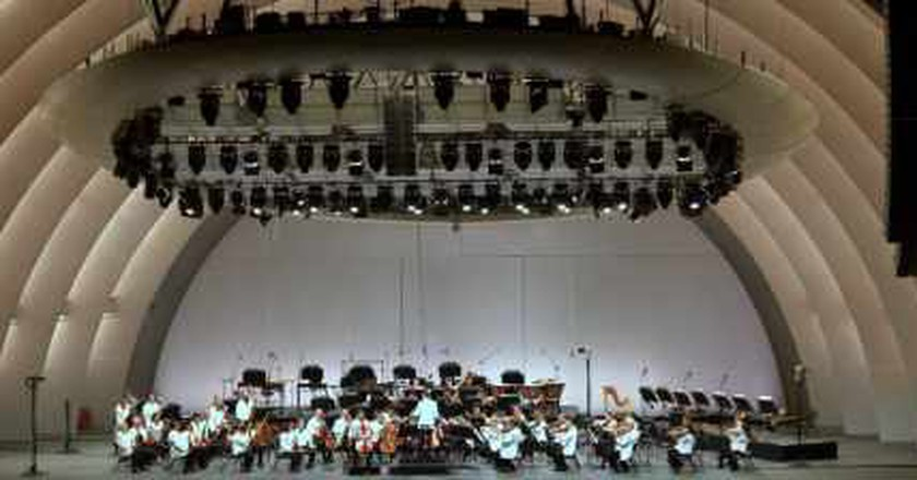 Summer Concerts and Dining at The Hollywood Bowl: One Tank Getaways