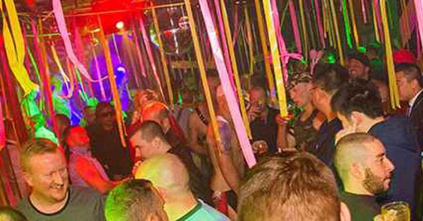 The 6 Best Gay Bars In Melbourne