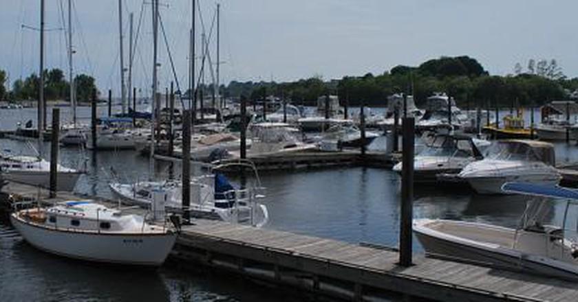 The 10 Best Restaurants In East Bridgeport, Connecticut