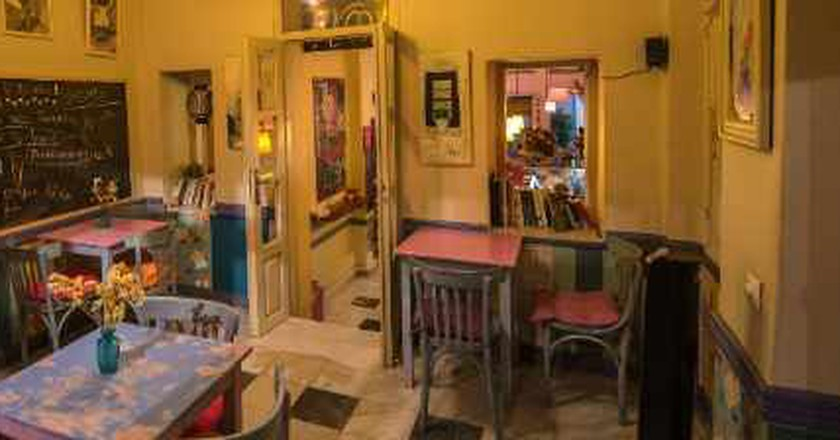 The Best Brunch And Breakfast Spots In Plaka, Athens