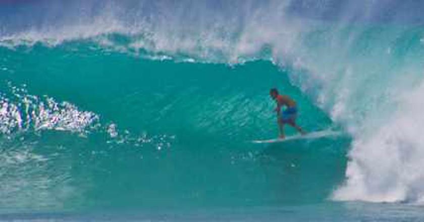 The Best Surf Spots in Honolulu, Hawaii