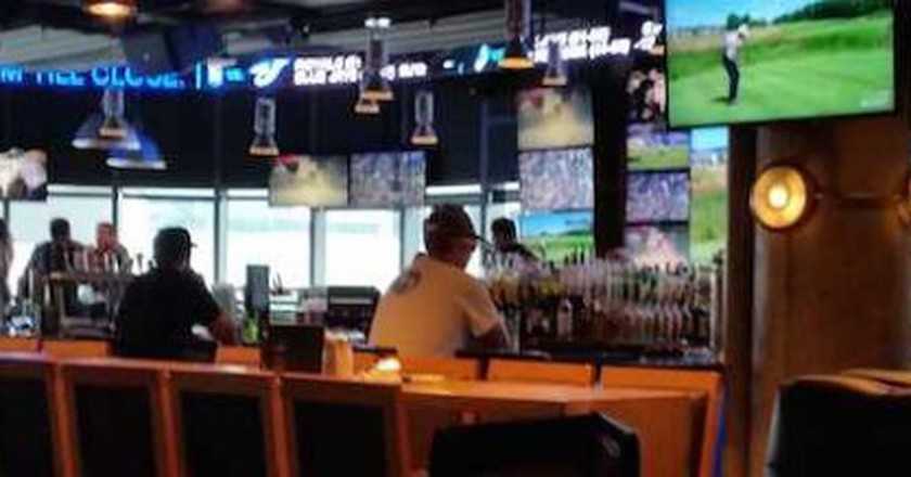 The Top 10 Sports Bars In Toronto