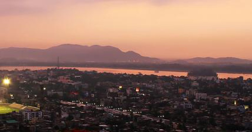 The 10 Best Bars in Guwahati, India