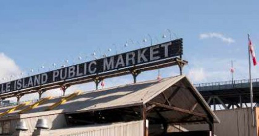 The Best Food & Flea Markets in Vancouver
