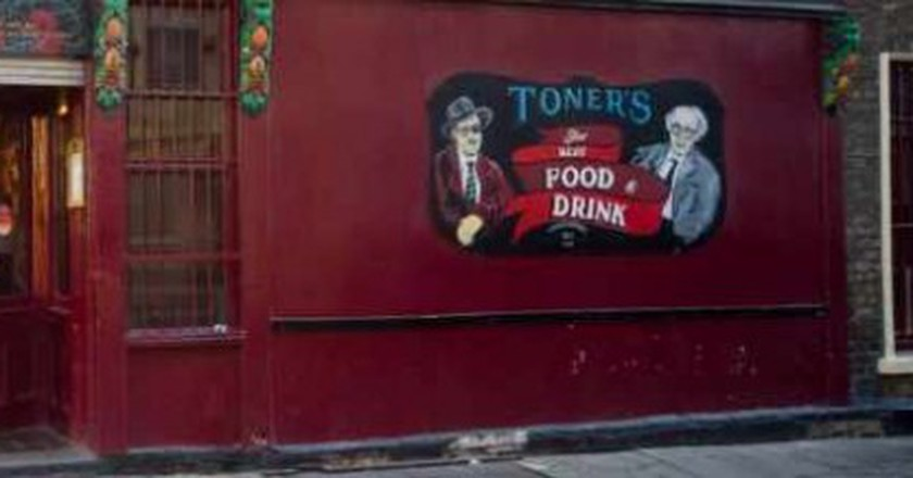 Meet The Lads Who Wrote The Books On Irish Slang