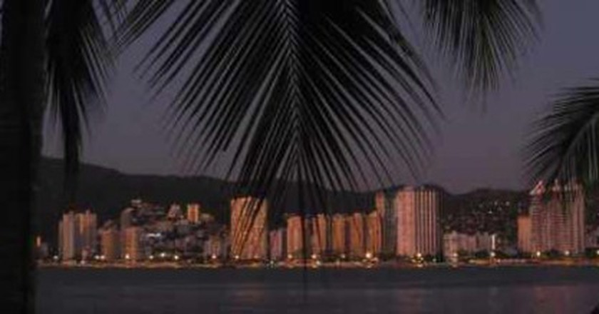 The Most Scenic Bars And Restaurants In Acapulco, Mexico