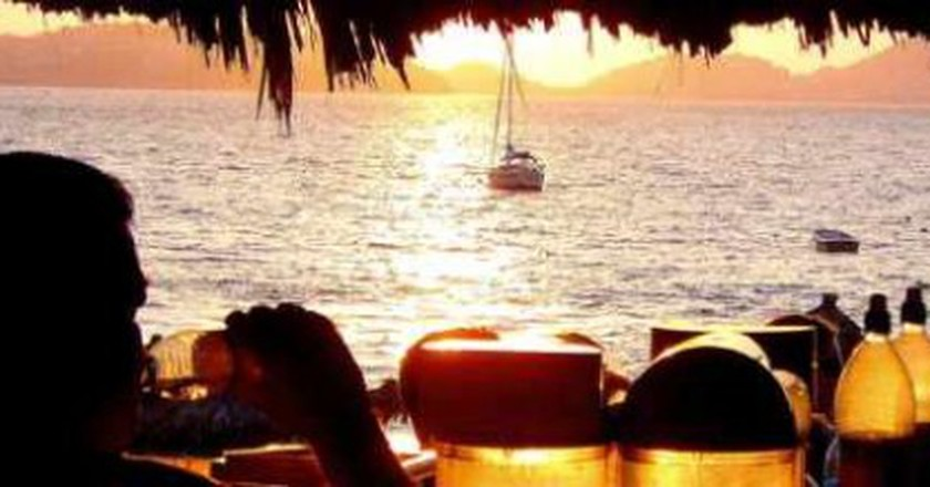 The Top 10 Bars In Acapulco, Mexico