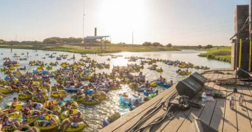 Where To Go For Great Live Music In Fort Worth