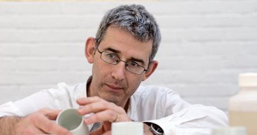 In Conversation With Edmund de Waal, Author Of The Hare With Amber Eyes
