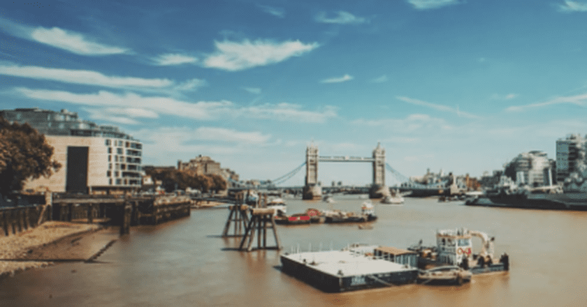 This Time Lapse Perfectly Captures The Beauty Of London's Striking Skyline
