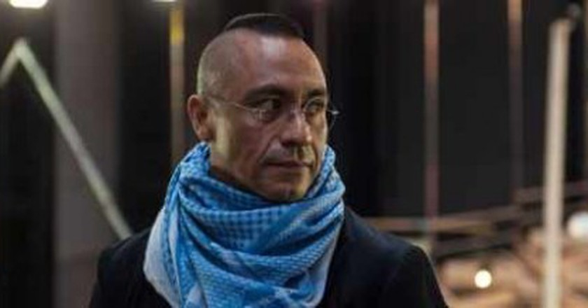 Abraham Cruzvillegas' Empty Lot Comes To Tate Modern's Turbine Hall
