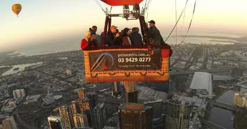 Hot Air Ballooning With Picture This, Melbourne.