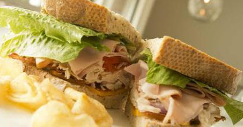 Top 10 Restaurants In Newport News, Virginia