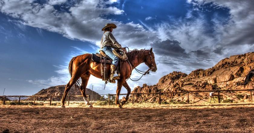 Riding at the Ranch © Thomas Izko/Flickr