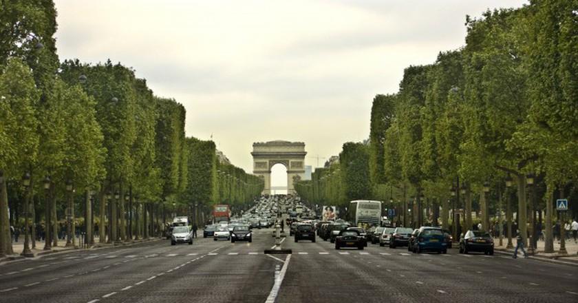 A Soundtrack To Exploring Paris