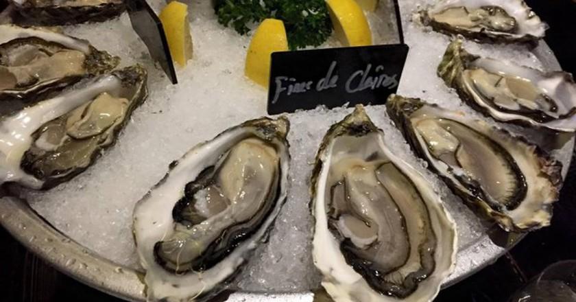 Oysters at Brasserie 8+   ©Vivian Zhou/Facebook