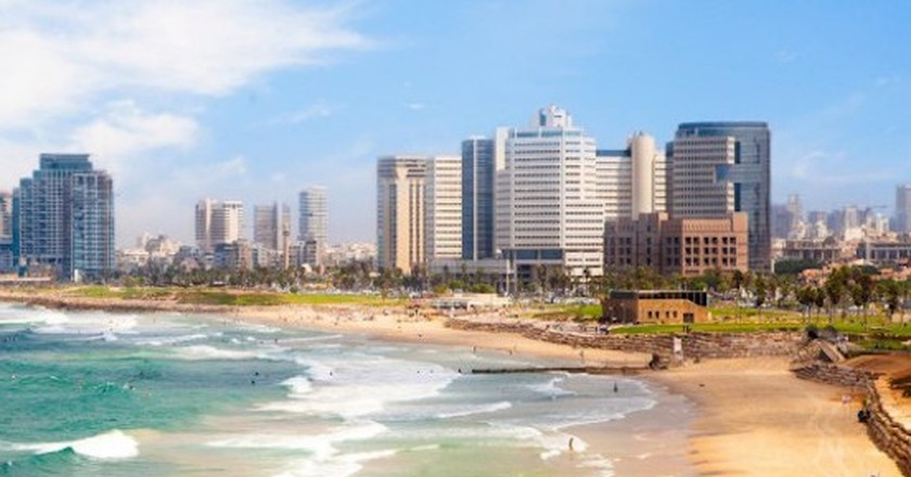 Staying Local In Tel Aviv: Vacation Rental Vs. Hotels