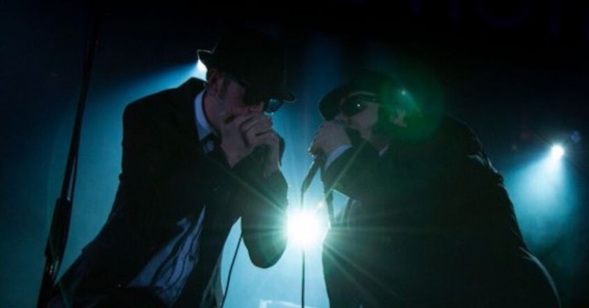 Joshua Mumby and David Kristopher-Brown play Jake and Elwood Blues | © Piers Foley Photography
