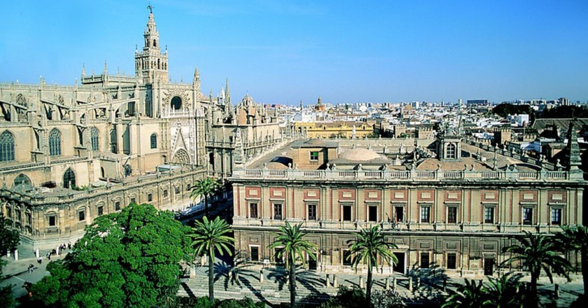 Cathedral and Archivo de Indias   ©  Seville Tourism Bureau/WikiCommons
