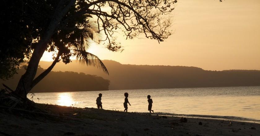 Vanuatu at sunset   © tpsdave/Pixabay
