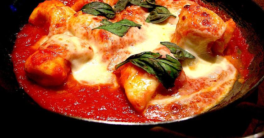 Gnocchi Napoli with mozzerella   © Alpha/Flickr