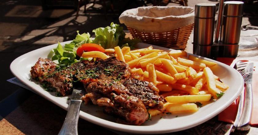 Steak frites | © LWYang/Flickr