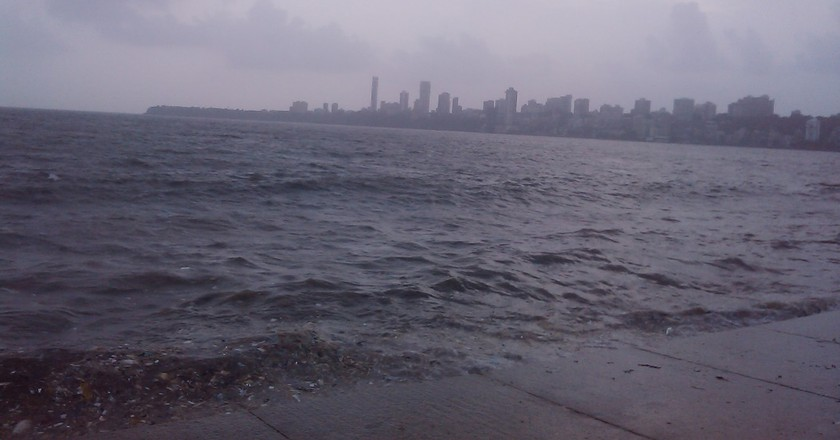 Arabian sea, view from Marine drive. Courtesy: Riddhi Sheth