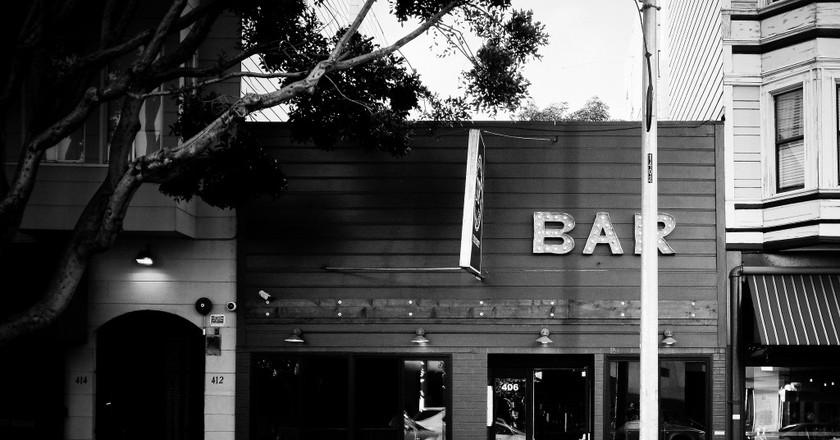 Dobbs Bar © Roshan Vyas/Flickr