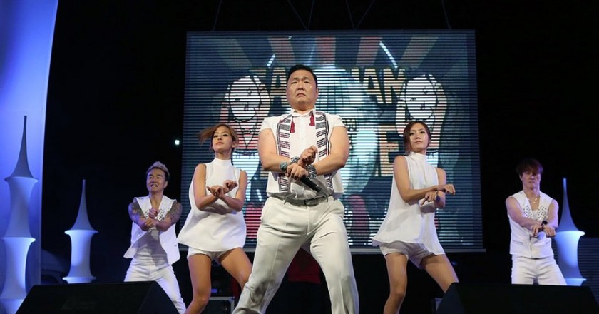 Psy Performing Gangnam Style | © Korea.net/Korean Culture and Information Service (Jeon Han)/WikiCommons