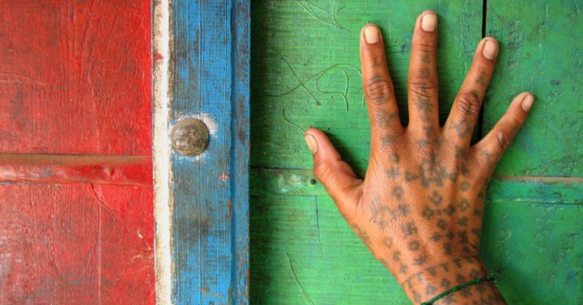 Hand Tattoo Of A Woman In Rabari Village, Bhadroi, Gujarat (C) Flickr/Meena Kadri