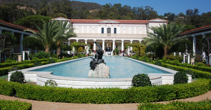 Exterior view of the Getty Villa © collectmoments/Flickr