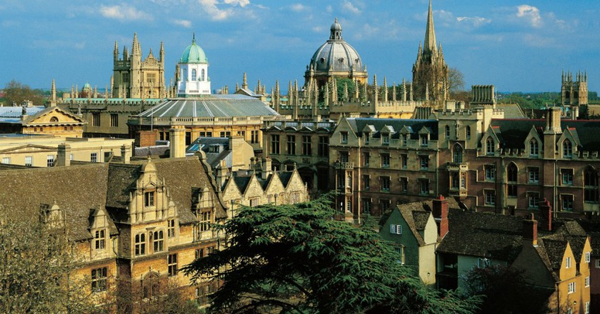 View to the Bodleian Library and Sheldonian Theatre   © Chris Andrews
