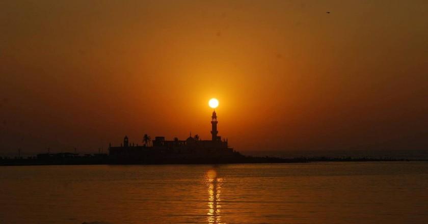 A beacon of hope | © Vinay Y. Jadhav