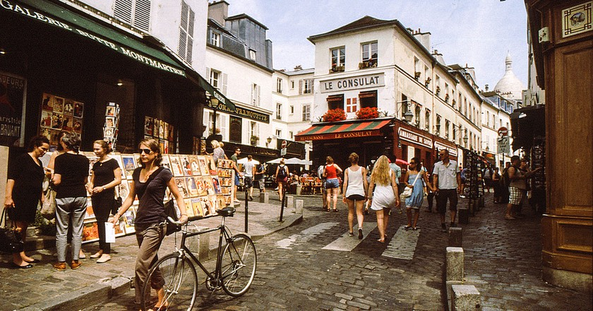 The 8 Best Hostels In The 18th Arrondissement