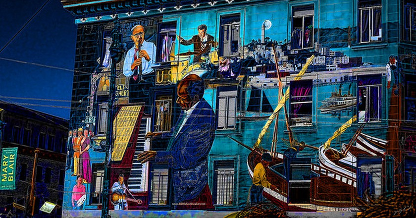Dive Into The World Of Jazz & Swing At Harlem Jazz Club