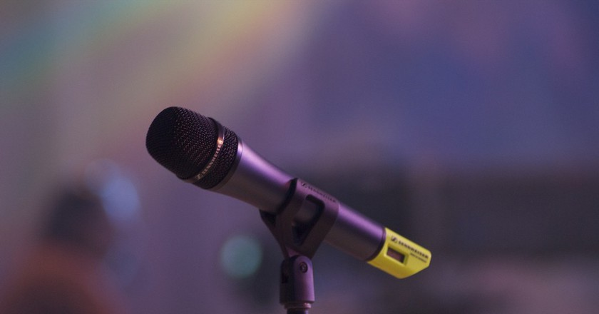 Microphone | © Paul Hudson/Flickr