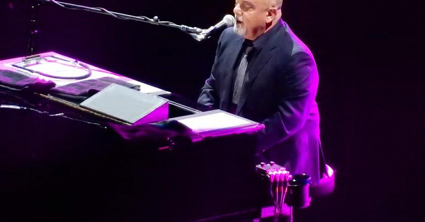 Billy Joel at Madison Square Garden | © slgckgc/Flickr