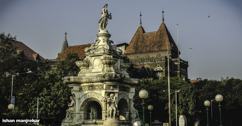 Flora Fountain, Fort, Mumbai | © Ishan Manjrekar / Flickr