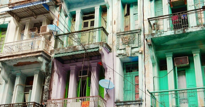 Houses of downtown Yangon © Kirsten Henton