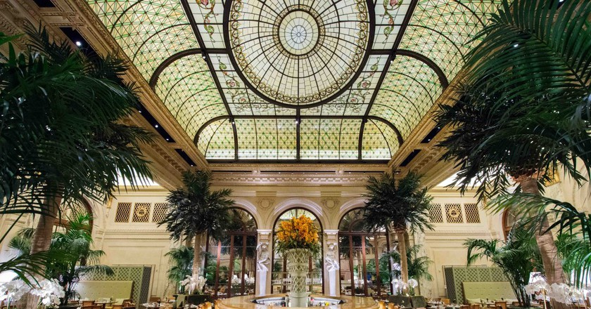 Discover The Newly Renovated Palm Court At The Historic Plaza Hotel