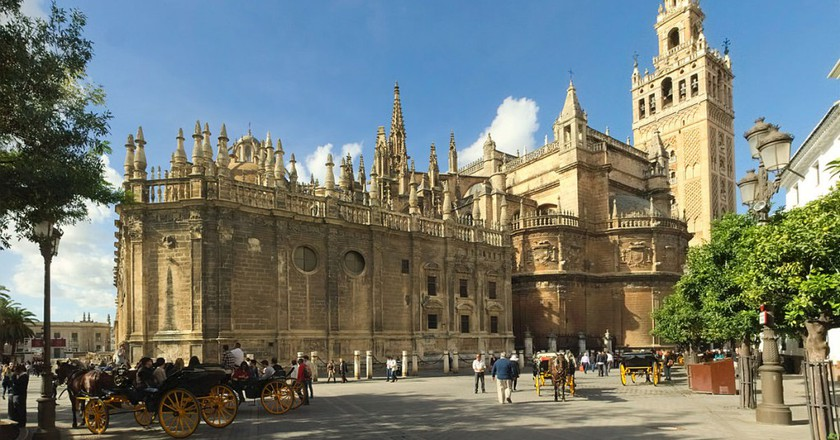 The History Of The Seville Cathedral In 1 Minute