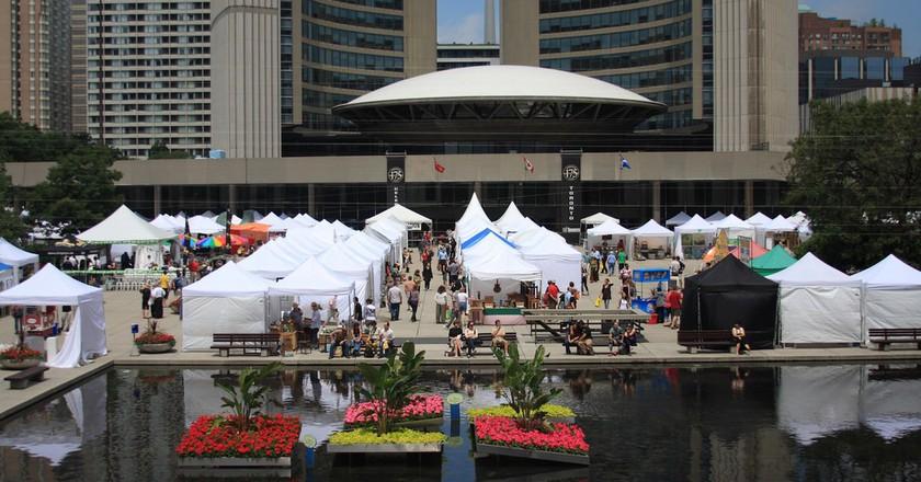 Toronto Outdoor Art Exhibition | © DGriebeling / Flickr