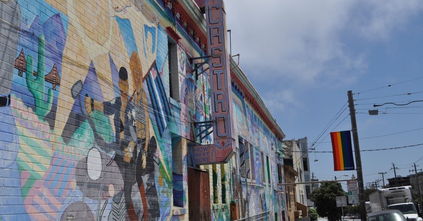 Cover Photo | Courtesy of Sydney Maynard A mural on the side of the Castro Republic Food & Bar.