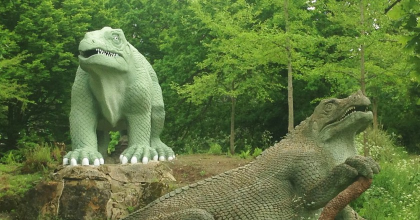 Crystal Palace Dinosaurs | © Gabrielle Brace Stevenson
