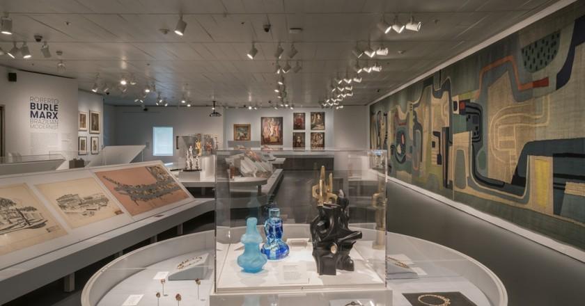 Installation view of Roberto Burle Marx: Brazilian Modernist, May 6 – September 18, 2016 | © David Heald